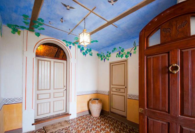 Palau de Miravet, centre d'art Joaquim Mir i casal d'hostes (allotjament turístic)