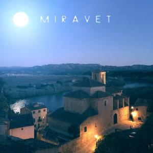 Miravet, la lluna sobre l'Ebre